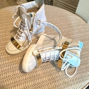Authentic Giuseppe Zanotti Wedge sneakers